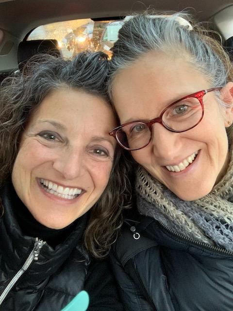 2-sisters-in-car-1